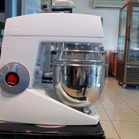 vente et le dépannage de matériel de boulangerie-pâtisserie 974
